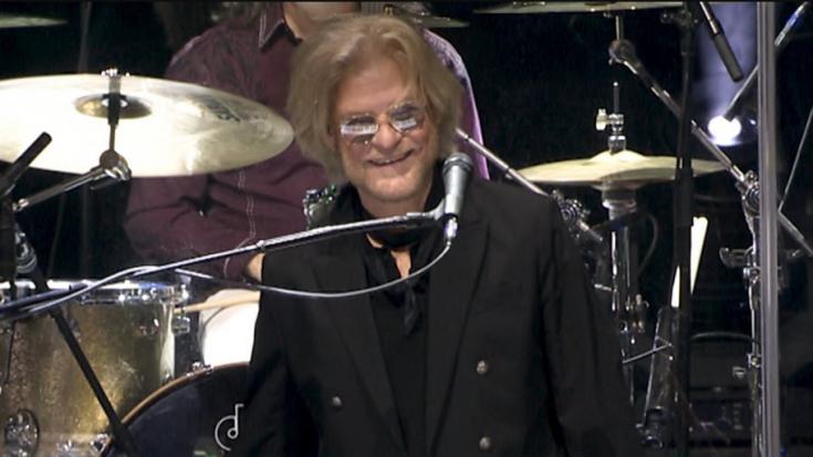 Watch Daryl Hall & John Oates Recent Performance Of 'Rich Girl'   I Love Classic Rock Videos