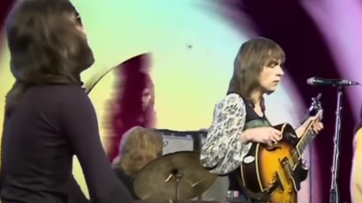 Watch Yes To Remind You How Good They Are In 1971 'Yours Is No Disgrace'   I Love Classic Rock Videos