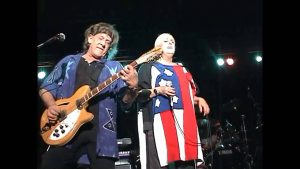 Watch Grace Slick Perform With Jefferson Starship 2 Weeks After 9/11